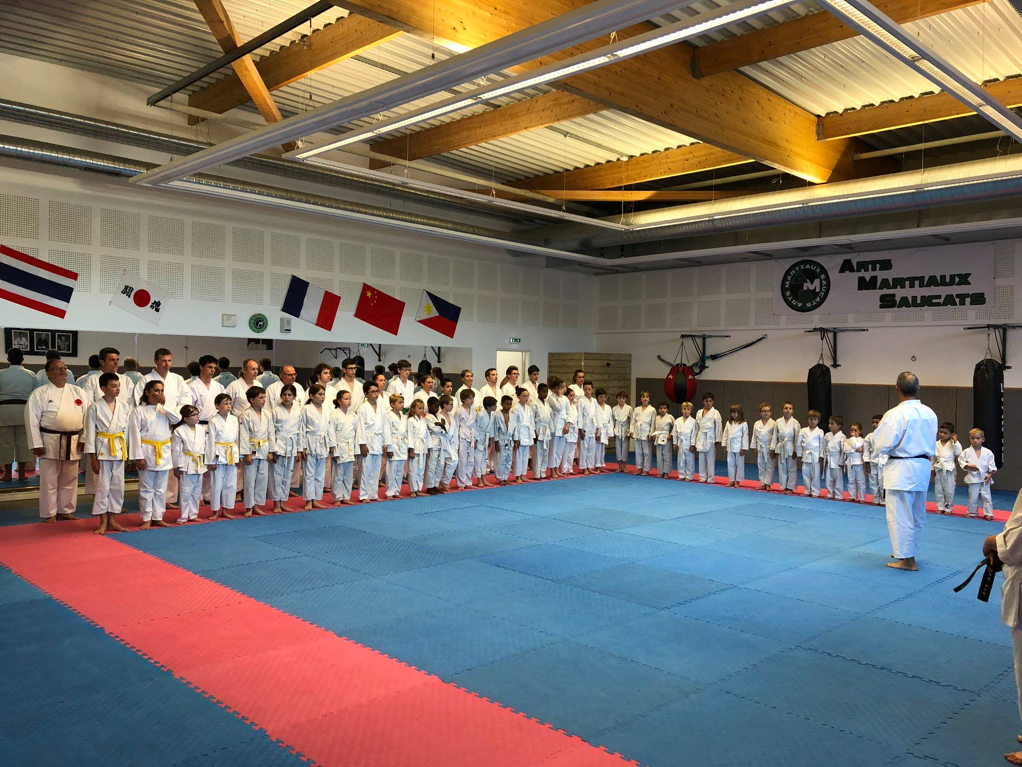 Photo de groupe Karaté passage de grade saison 2017-2018