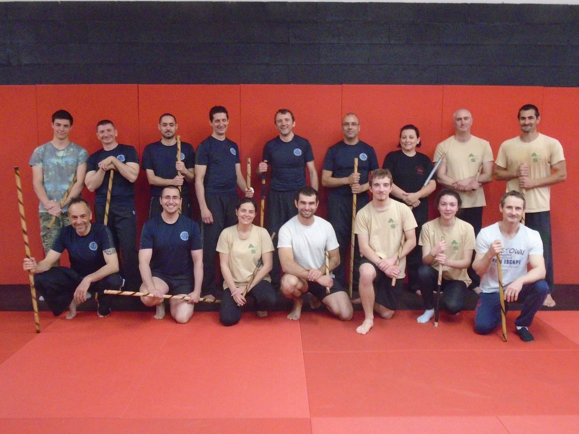 Photo de groupe stage Arnis Doblete Rapilon mai 2018 sous la direction de GREGOIRE GRES