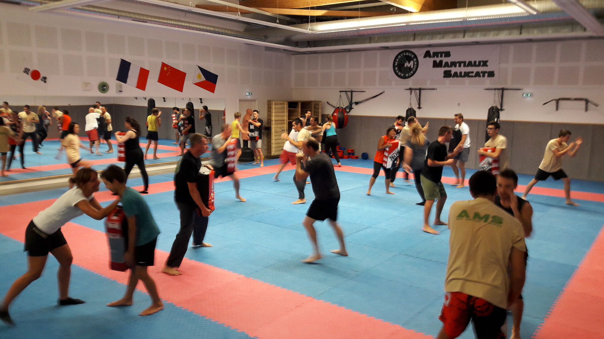 arts-martiaux-saucats-self-defense-karate-defense-training-2